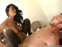 Slutty milf Lisa Ann gets fucked hard and takes a creamy facial cumblow