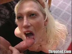 Nikki Hunter recieves a warm load of cum on her mouth