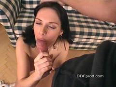 Sexy babe Jennifer Dark sucking a big shaft and gets creamed