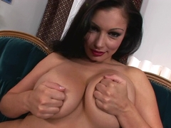 Aria Giovanni loves to play her juicy juggs