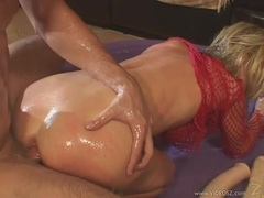 Hot Hillary Scott gets fucked on her pussy and toyed in the ass