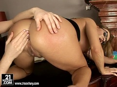 Whore Bonny Bon gets her tight anal fisted deep