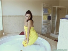Horny babe Evelyn Lory getting hot in the tub