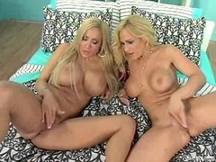Busty blondes Lexxi Tyler and Tyler Faith rubbing their juicy twats