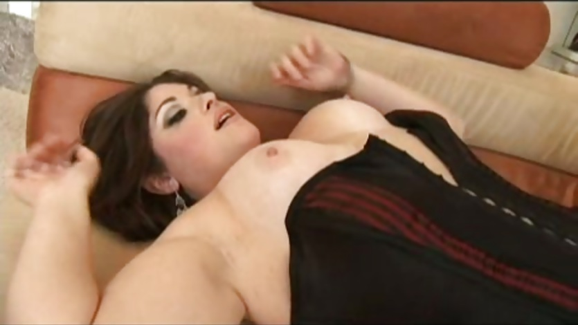 Lesbian facesitting domination video