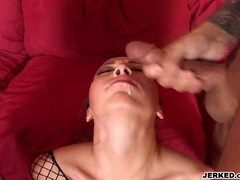 Veronica Jett receives a warm load of cum on her mouth