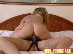 Sexy Cameron Cruise fucking her friend with strap on dildo