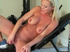 Busty babe Bree Olson toying her twat until she cums