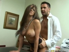 Busty Babe Rachel Roxxx eagerly takes a warm load of cum inside her mouth