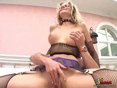 Jane Darling recieves a mouthful cum after getting double penetrated outdoor