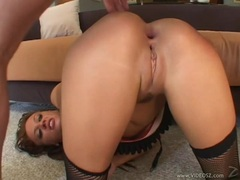 Holly Wellin gets a warm load of cum on her butthole
