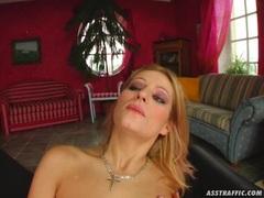 Ass humper Melissa Black takes a huge creamy facial cumblow