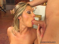 Sex bombshell Caroline Cage slurps in a hard noodle in her mouth
