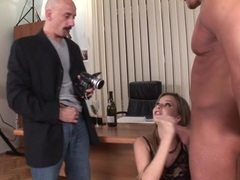 Hot babe Tarra White blowing two huge fat meatsticks