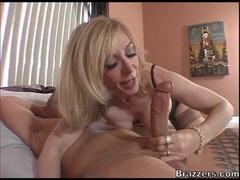 Blonde MILF Nina Hartley gets her mouth busy sucking a hard man lollipop