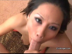 Exotic Jessica Bangkok receives an awesome spurt of cock on her face