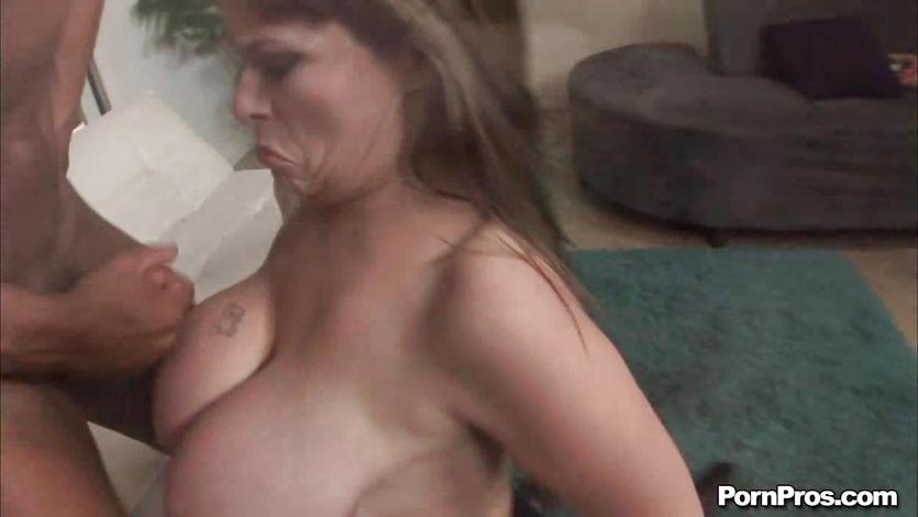 Public masturbation fetish clip