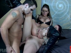 Nasty Gianna Michaels and friend gets all coverd with awesome cum explosion