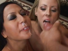 Cum swapping honeys Carolyn Reese and Gianna Lynn loving steamy load