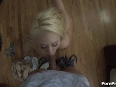 White horny chick Kagney Karter kneels on a cock and soaks it in her sweet mouth