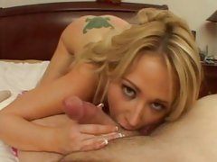 Sindee Jennings sucks hard on a cock before taking a pussy bashing