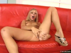 Cock loving sweetie Chastity Lynne taking a hard stiff cock in her hot mouth