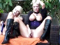 Toy loving hotties Jana Cova and sexy blonde masturbate together to orgasm