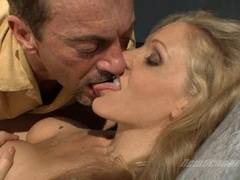 Hot tempting momma Julia Ann takes a juicy cock and thumps it in her sweet mouth