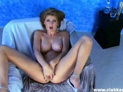 Beautiful Faye Reagan loves to toy her snatch with her fingers on the couch