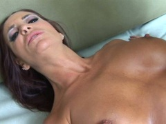 Lusty hot whore Cheyenne Hunter receives a hot spray of cum on her sweet face