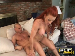 Cum thirsty honey Shannon Kelly receives a warm load of cock juice on her mouth