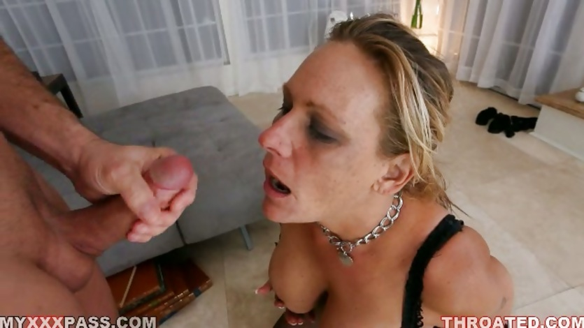 Mean ebony lesbains step mom