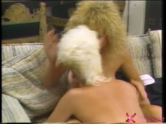 Lesbian Jeanna Fine gets too hot to handle with her girlfriend on the couch