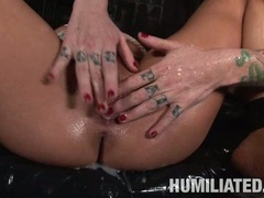 Lovely hot Stephanie Kane gets an awesome facial cumshot after a nice hard fuck