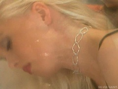 Blonde whore Sylvia Saint takes her lover's blackdong in her sugary mouth