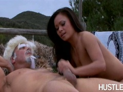 Pornstar Mya Luanna couldnt wait to make her lover's cock cum on her hands