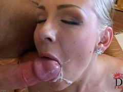 Cock sucking honey Veronica Carso works a meaty pole until it explodes in face