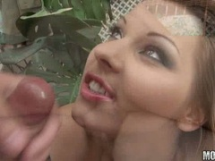Horny cum lover Cindy Hope receives an oozing load of jizz around her mouth
