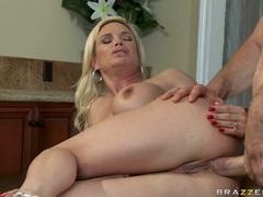 Slutty blonde Diamond Foxxx loves the stiff cock drilling deeper in her pussy