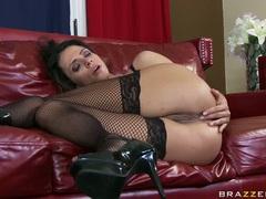 Sexy hot Ariella Ferrera gets her ass dripping with cum after a hot fuck