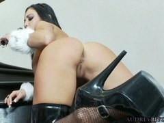 Filthy honey Audrey Bitoni pokes her pussy with all pleasure on the stairs