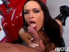 Cock freak Carmella Bing gets her mouth whacked by her boyfriend's thick pole