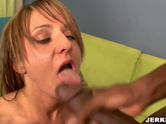 Sexy bombshell Gia Gold loves to get her mouth dribbling with cock sauce