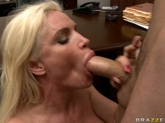 Cock starved whore Diamond Foxxx whacks her juicy mouth with a massive dick