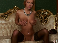 Sultry hot nympho Dorothy Green needs no man to get the satisfaction she wanted