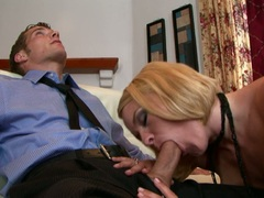 Cock hungry Krissy Lynn feeds her mouth with one awesome meatpole