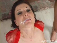 Dirty whore Renee Pornero taking it in her asshole and gets jizzed