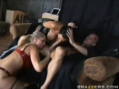 Bitch agents Julia Ann and Lisa Ann sharing one huge meatpole