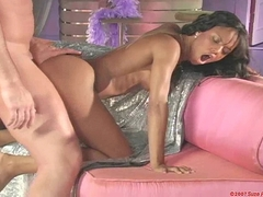 Marie Luv gets her wet cunt drilled hard on pink couch