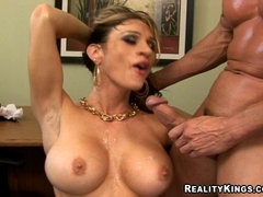 Sarah jessie reality kings share